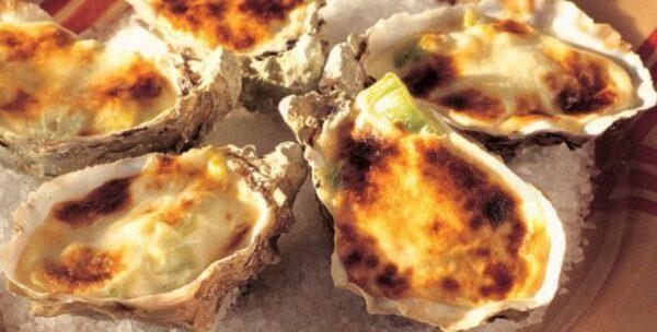 6 Huîtres gratinees à la fondue de Poireaux